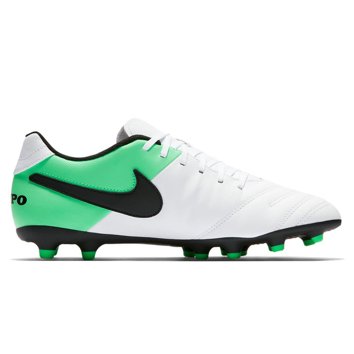 Chuteira Futebol de Campo Nike Tiempo III FG 819233 - 307 Branco