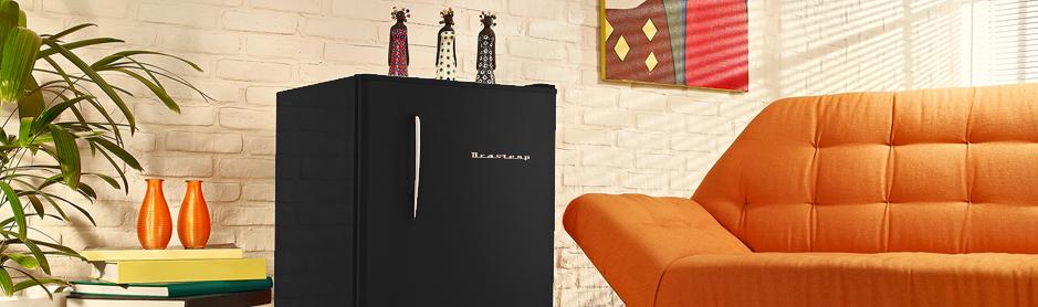 Sala De Tv Com Frigobar Retro ~ Frigobar Brastemp Retrô 76 Litros Preto 220v BRA08AEBNA  Continental