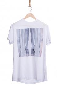 Imagem - T-shirt Masculina Estampa Pernas - 2.235