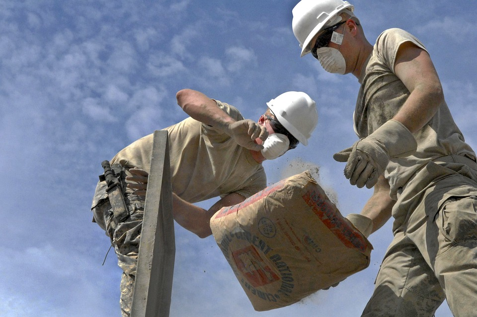 contrate profissionais para a reforma da casa