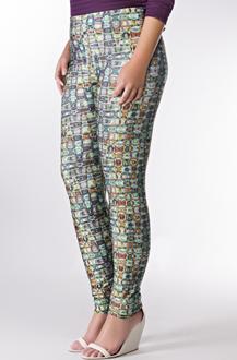 Imagem - Legging plus size em poliamida e elastano com cós elástico. - 800220311