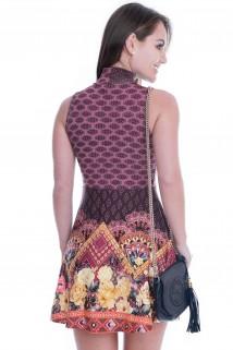 Imagem - Vestido Regata com Gola Rol�