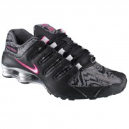 Tênis Feminino WMNS Nike Shox Nz
