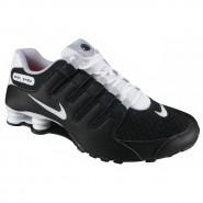 T�nis Masculino Nike Shox NZ SE