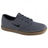 T�nis Nike SB Clutch