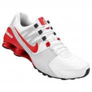 Tênis Nike Shox Avenue