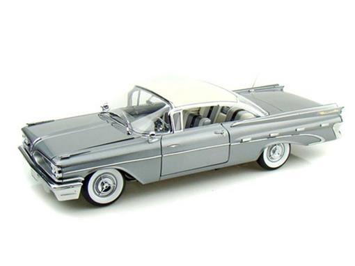 Pontiac: Bonneville (1959) - 1:18