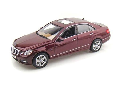Mercedes Benz: E-Class (2010) - Bonina - 1:18