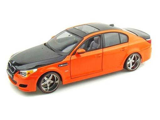 BMW: M5 - 1:18