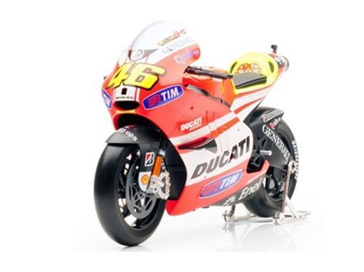 Ducati: Desmosedici - Valentino Rossi #46 - MotoGP 2011 - 1:6