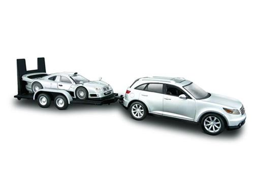 Infiniti: FX45 c/ Mercedes Benz CLK-GTR - 1:24
