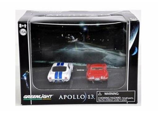 Diorama: Shelby GT350 / Chevy Corvette - Apollo 13 - 1:64