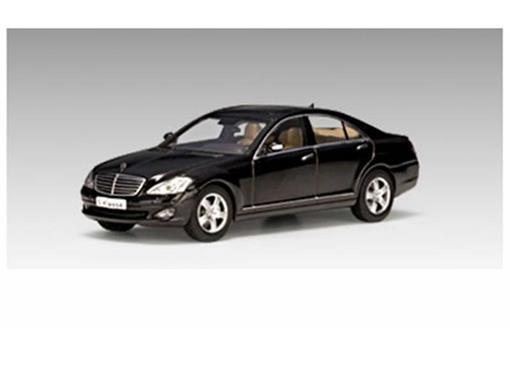 Mercedes Benz: S-Class S63 AMG (2005) - Preta - 1:43