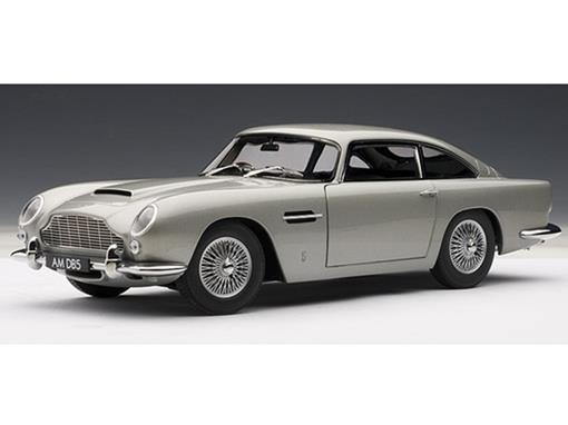 Aston Martin: DB5 - Prata - 1:18
