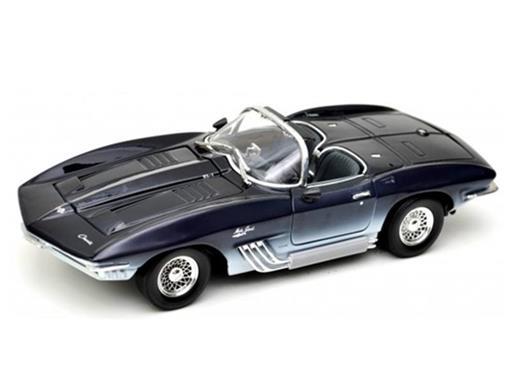 Chevrolet: Corvette Mako Shark (1961) - 1:18