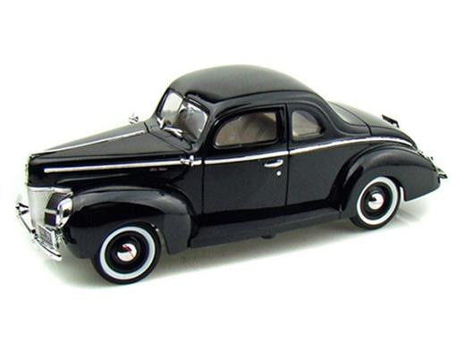 Ford: Deluxe (1940) - Preto - 1:18