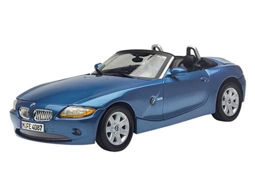 BMW: Z4 Roadster (2003) Azul - 1:18 - Motor Max