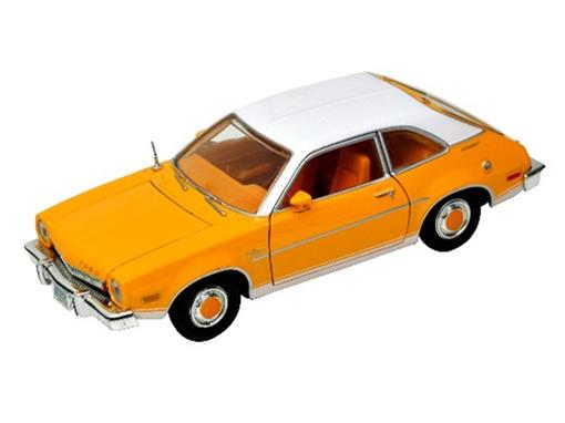 Ford: Pinto (1974)  - Amarelo - 1:24 - Motor Max