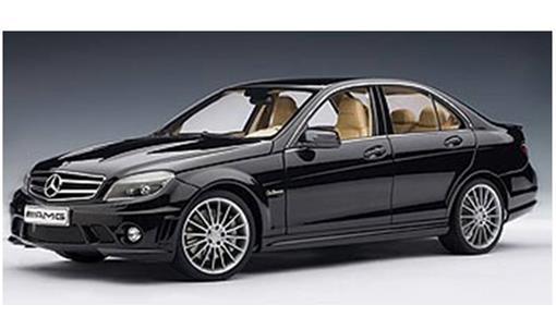 Mercedes Benz: C63 AMG - Preta - 1:18