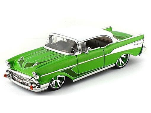 Chevrolet: Bel Air (1957) c/ Rodas Extras - Verde - Lopro - 1:24