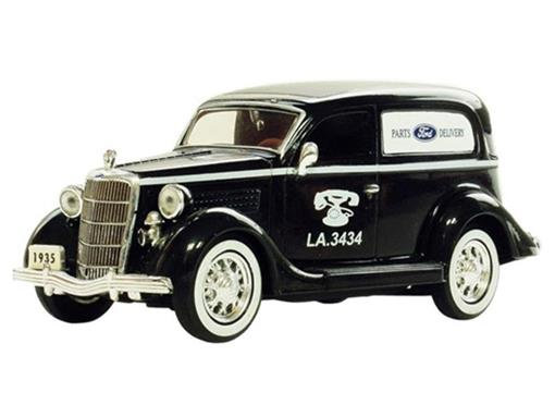 Ford: Sedan Delivery Van (1935) - 1:36