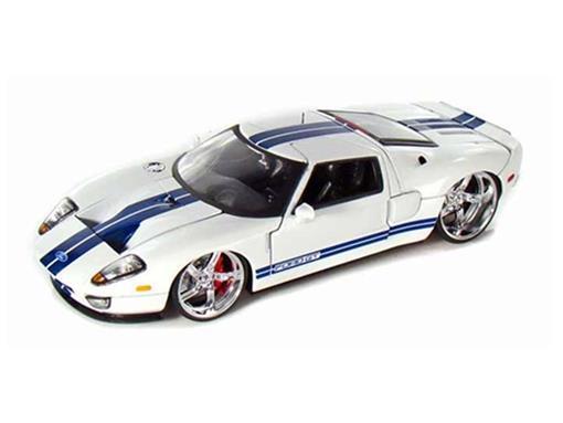 Ford: GT (2005) - Branco - 1:24