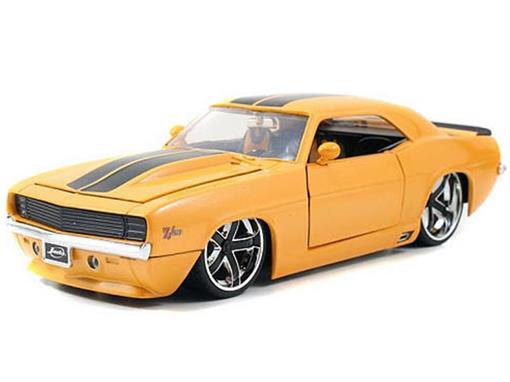Chevrolet: Camaro Z28 (1969) - Amarelo - Bigtime Muscle - 1:24