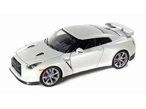 Nissan: GT-R (2009) - Branco - 1:24