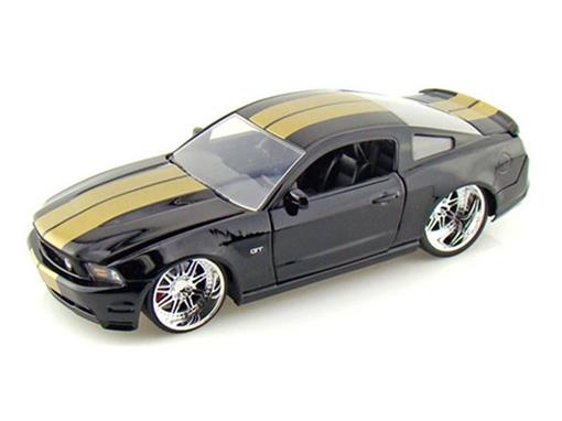 Ford: Mustang GT (2010) - Preto - 1:24