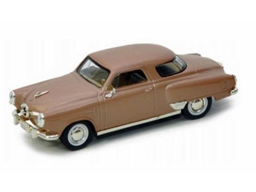 Studebaker: Champion (1950) - Marrom - 1:43