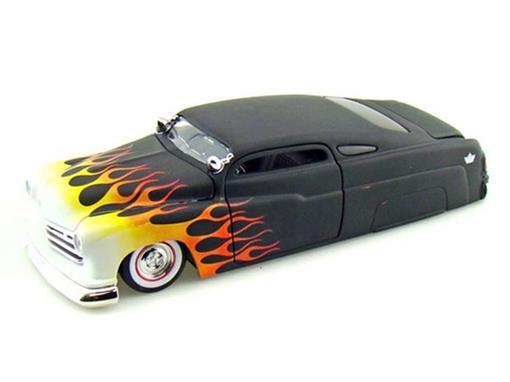 Ford: Mercury (1951) c/ Chamas - 1:24