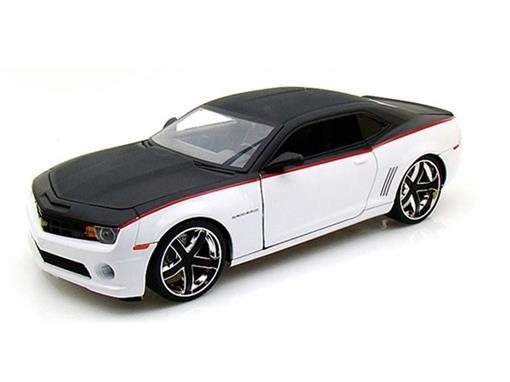 Chevrolet: Camaro SS (2010) - Preto / Branco 1:18