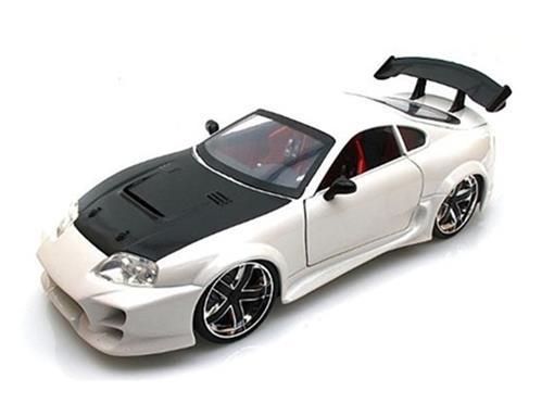 Toyota: Supra - Branco - Lopro - 1:18