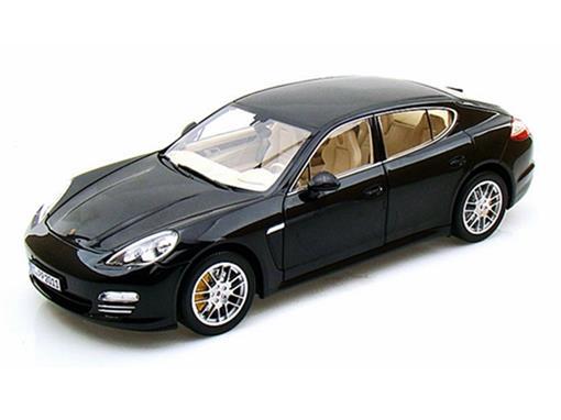 Porsche: Panamera 4S - Preto - 1:18
