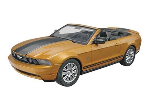 Ford: Mustang GT Conversivel (2010) - Kit p/ Montar - 1:25