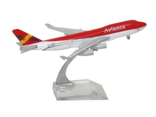 Avianca: Boeing 747 - 16cm