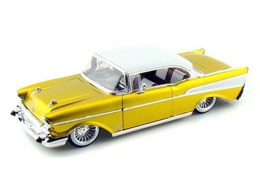 Chevrolet: Bel Air (1957) - Dourado - 1:24