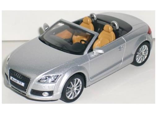 Audi: TT - Prata - 1:43