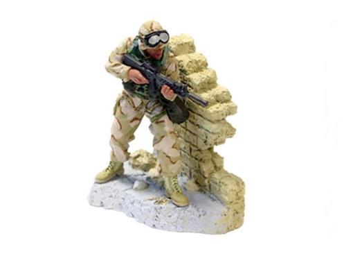 Soldado Marine Capt. Rocha (Baghdad, 2003) - 1:32