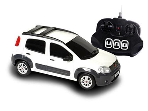 Fiat: Novo Uno - Branco - Controle Remoto - 1:18