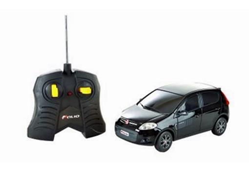 Fiat: Novo Palio Sporting - Preto - Controle Remoto - 1:18