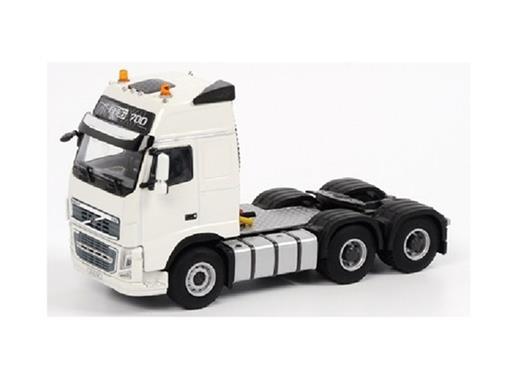 Volvo: FH3 Globetrotter XL 6x4 Globetrotter - Cavalo - 1:50