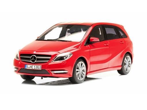 Mercedes Benz: 180 B-Class (2011) - Vermelha - 1:18