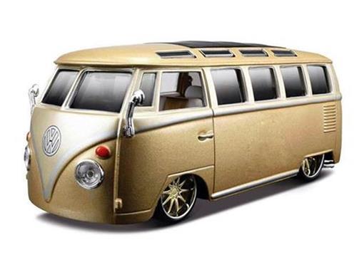 Volkswagen: Kombi Van