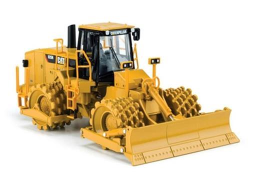 Caterpillar: Compactador Pé de Carneiro 825H - 1:50