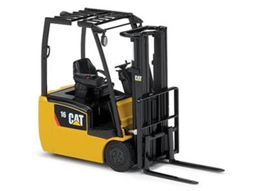 Caterpillar:Empilhadeira EP16(C)PNT Lift Truck - 1:25
