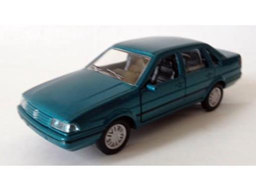 Volkswagen: Santana (1996) - Verde Metálico - 11 cm
