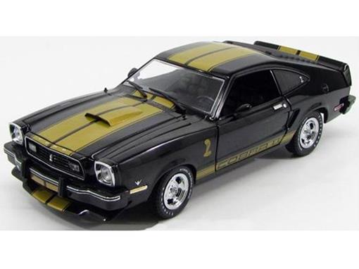 Ford: Mustang Cobra II (1977) - Wheelin' - Preto - 1:18