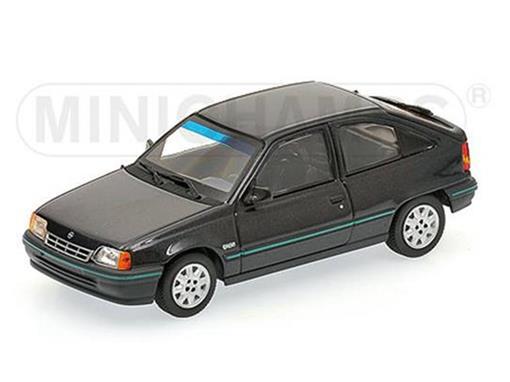 Opel: Kadett (1989) - Preto Metálico - 1:43
