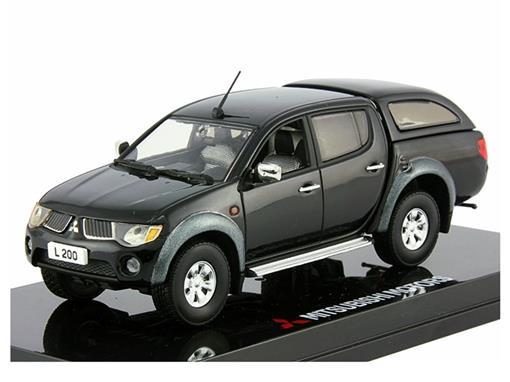 Mitsubishi: L200 (2006) - Preta - 1:43